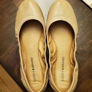 Lucky Brand Eleesia Nude leather flats size 8.5